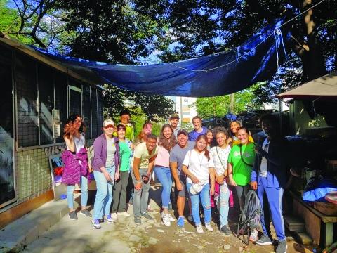Daejun Shelter, PAWS volunteers